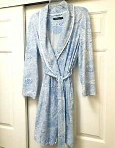 "Lauren Ralph Lauren Sz Large White & Blue Floral Soft Cotton Knit 38"" Long Robe"