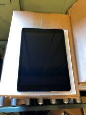 Apple iPad Air 1st Gen. 32GB, Wi-Fi, 9.7in - Space Gray Bundle