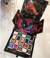 BNIB Urban Decay ALICE THROUGH THE LOOKING GLASS Eyeshadow Palette LE