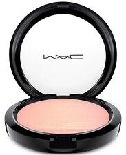 MAC Extra Dimension Skinfinish (Beaming Blush)   9 g /0.31 US OZ