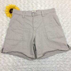 "Levi's Womens Casual Walking Shorts Size 12 Beige Khaki Tan 2"" Slit Cuffs dr3242"