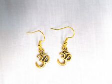 NEW MEDITATION OM / OHM / AUM GOLD TONE CHARMS DANGLING PAIR OF DROP EARRINGS