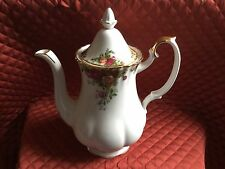 ROYAL ALBERT OLD COUNTRY ROSES BONE CHINA COFFEE POT- NEW W/TAGS-1962-$120