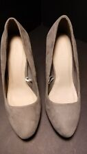 5016ce3b522 Forever 21 Women s size 5.5 grey suede closed toe stiletto heels
