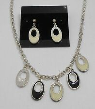 WHIMSICAL OPEN HOLE OVAL PENDANTS NECKLACE & EARRING SET - BLACK/OFF WHITE