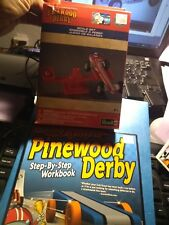 LOT PINE CAR PINEWOOD DERBY SCALE SET RMXY9647/ GETTING STARTED IN PINEWOOD BOOK