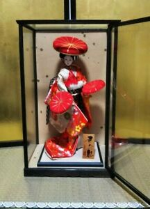 """Vintage Japanese Geisha doll with hats in Kimono in glass case 19"""" 49cm Antique"""