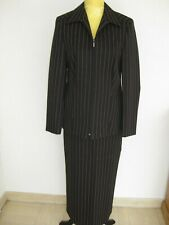 Damen Anzüge & Kombinationen für Business Anlässe in Größe