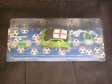 """Siku 4932 : voiture Smart """"football Angleterre"""" 1:50 neuve emballée"""