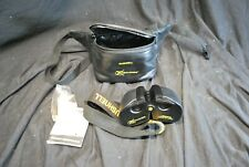 Bushnell Xtra-Wide 900' Filed Of View Binoculars With Case -A9