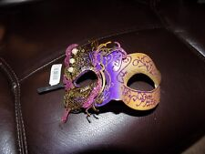 Laser-Cut Masquerade Mask Gold/Purple New