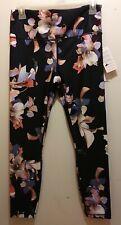 Athleta Elation Paradise 7/8 High Rise Black Floral Leggings Retail $89 NWT Med