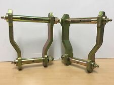 TOYOTA HILUX FRONT EXTENDED SHACKLES