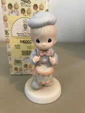 Precious Moment Figurine - 521981 - Marching To The Beat Of Freedom'S Drum