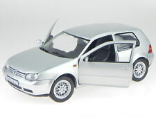 VW Golf 4 GTI 2-door silver metallic diecast model car Revell 1:18