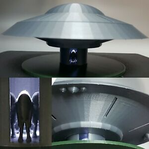 UFO from Earth VS The Flying Saucers & 27th Day (Large with Light)