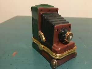 Old Time Accordion Bellows Type Camera Green Brown Gold Porcelain Trinket Box
