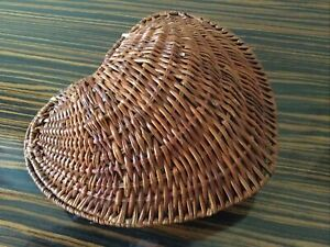 HEART SHAPED WICKER BASKET Lidded Approx.. 18cm x 18cm