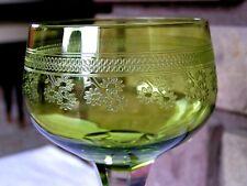 Roemer verre en cristal de Baccarat, Pompadour. Verre à vin du Rhin, chartreuse.
