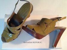 NIB BANANA REPUBLIC Olivia patent leather platform heels $140 size 7 color: clay