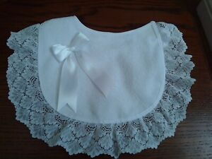 Romany/Spanish bib with lace and white bow size 0-12+ months brand new