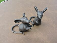 Pair of Rustic Cast Iron Mice Garden/Home/office Ornaments Statue Metal