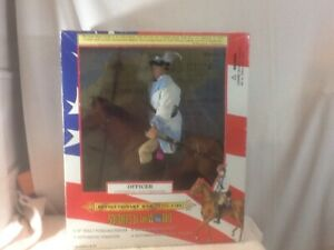 Vtg 1998 Soldiers of the World OFFICER CONTINENAL LIGHT DRAGOONS On Horse Figure