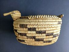 VINTAGE PAPAGO BIRD DUCK  INDIAN BASKET WITH LID NATIVE AMERICAN SOUTHWEST