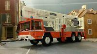 1:72 73 76 HO/OO/00 1981 Renault Comet CBEA Turntable Ladder Fire Engine Model