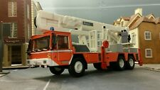 1:72 73 76 HO/OO/00 1981 Renault Comet CBEA Turntable Ladder Fire Engine Model