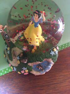 Disney Snow White Snowglobe And Forest Friends RAre