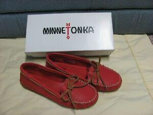 Minnetonka Women's Boat Moc RED Moccasins 6.5 NEW
