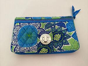 Vera Bradley turn lock wallet go wild floral Blue/green/white