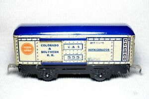 Marx O-gauge model 555 C.S. reefer car, can be adapted to American Flyer S-gauge