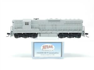 N Scale Atlas 53500 Undecorated EMD SD9 Diesel Locomotive No#