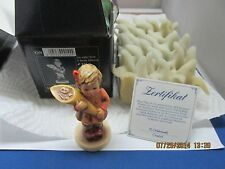 """Hummel Figurine #549 3/0 """"A SWEET OFFERING""""  3 1/2"""" with Box & Certificate"""