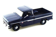 1:24 1966 CHEVY C10 FLEETSIDE PICKUP TRUCK MOTORMAX SHOWCASTS DIE-CAST