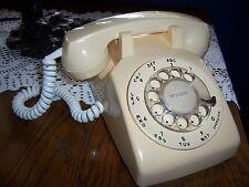 VINTAGE 1969 STROMBERG-CARLSON YELLOW ROTARY DIAL DESK TELEPHONE WORKS
