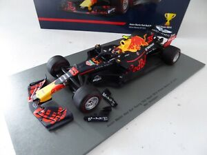 1/18 F1 Aston Martin Red Bull Verstappen Winner Mexican GP 2018 SPARK 18S354