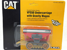 1/64 ERTL CATERPILLAR VFS50 W/ GRAVITY WAGON