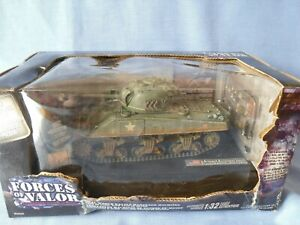 Forces of Valor US M4A3 SHERMAN TANK  Normandy 1944 - 1/32 Scale Tank.