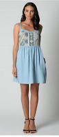 Just Jeans Ladies Chambray Embroided Front Sleeveless Dress sizes 6 8 10 12 14