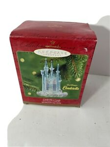Hallmark keepsake ornament, 2001, Disney's Cinderella's Castle, Special Lighting