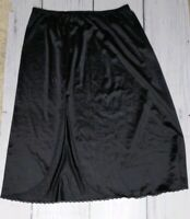Vintage Vanity Fair Black Half Slip Lace Trim 100% Antron III Nylon Size Medium