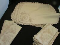 Vintage Linen Place Mats and Napkins-Embroidered Scalloped Edges  10 SETS