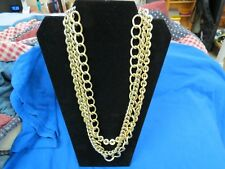 Beautiful Vintage Lisner Necklace With Gold Tone Links, Signed.