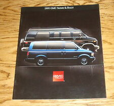Original 1995 GMC Safari & Rally Sales Brochure 95