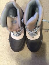 The North Face Ivory/Gray/Blue Snow Boots Size 6
