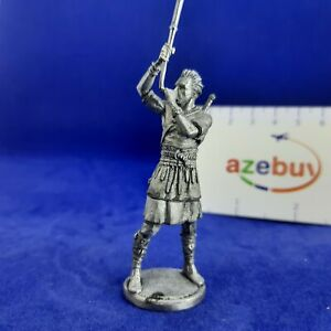 Gauls Warrior Cornix Celtic Group 1st Century BC 1/32 Scale Unpainted Tin Figure