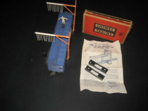 LIONEL POST WAR OPERATING WABASH BOXCAR # 3424- WITH BOXED LOW BRIDGE SET-# 100